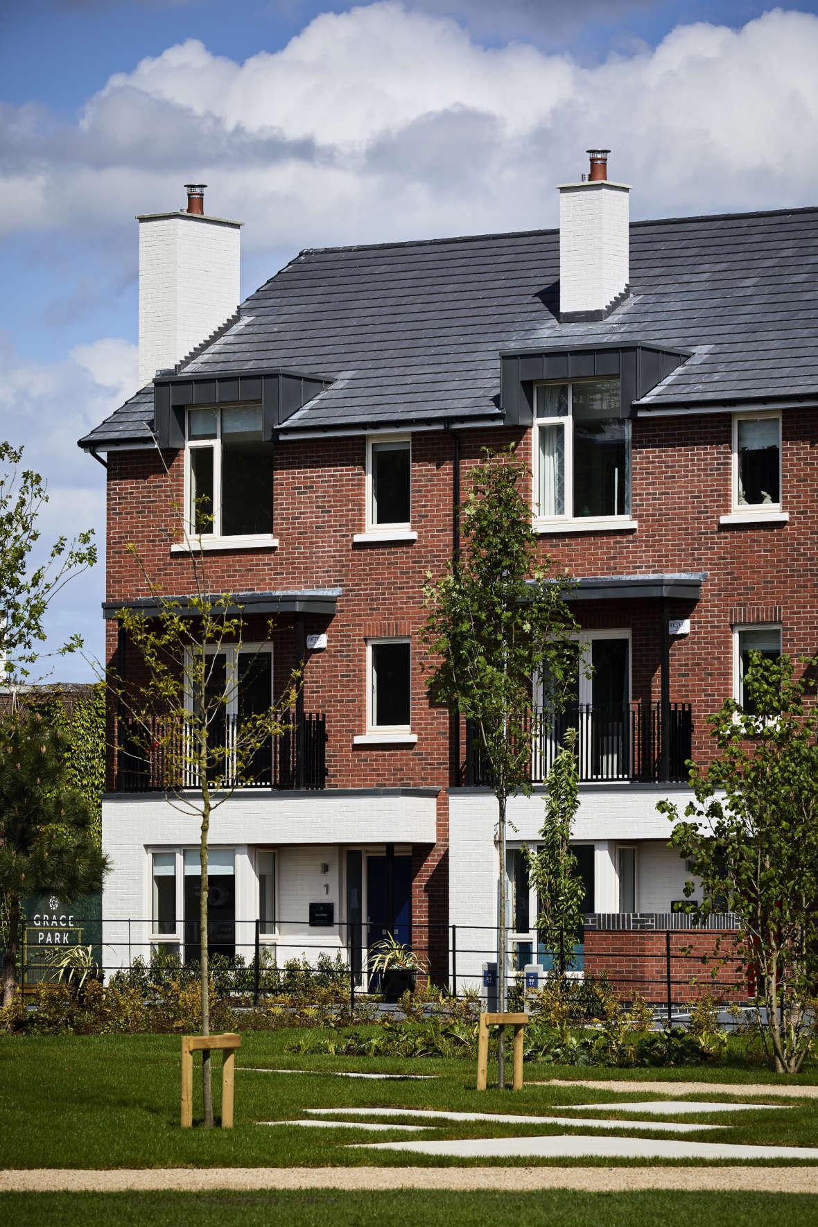Grace Park Wood 5 bed homes
